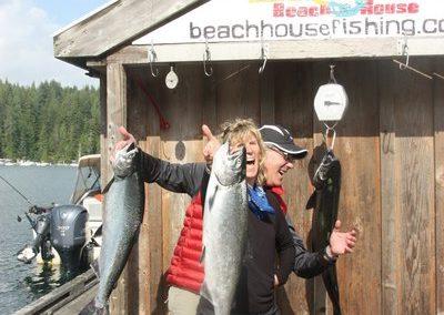 beachhouse-salmon-fishing-resort