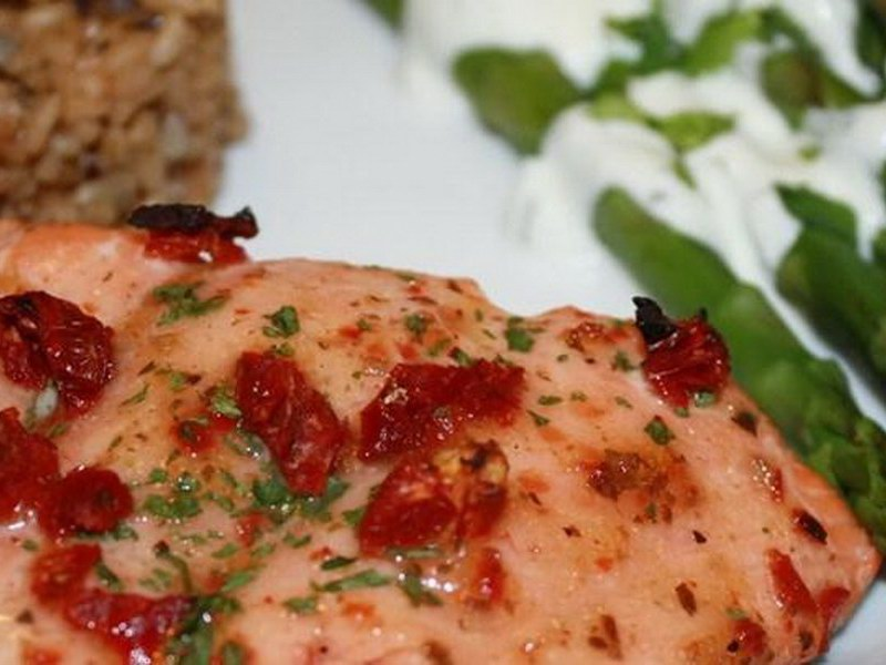 Sundried Tomato and Basil Salmon